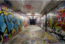 Graffiti tunnel - [196]